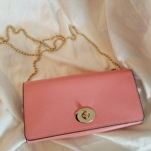 COACH Crossgrain Leather Slim Chain Envelope Pink